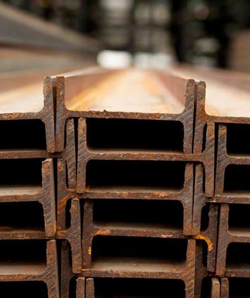 Vigas IPR de acero, ideal para estructuras